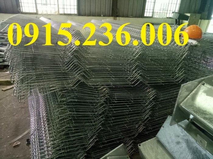 Hàng rào chấn sóng, hàng rào mạ kẽm chấn sóng phi 5 ô 50x150, 50x200 giá tốt4