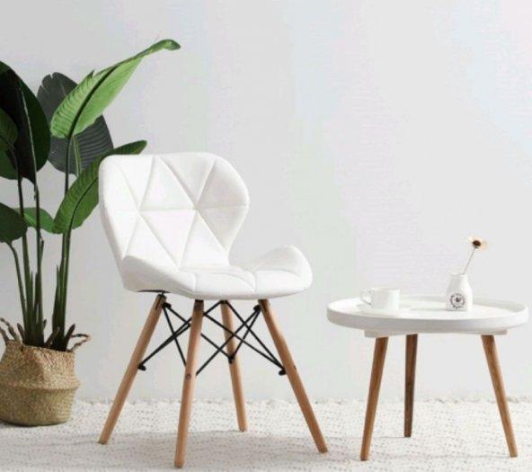 Ghế cafe nệm da tam giác màu trắng tinh khôi1