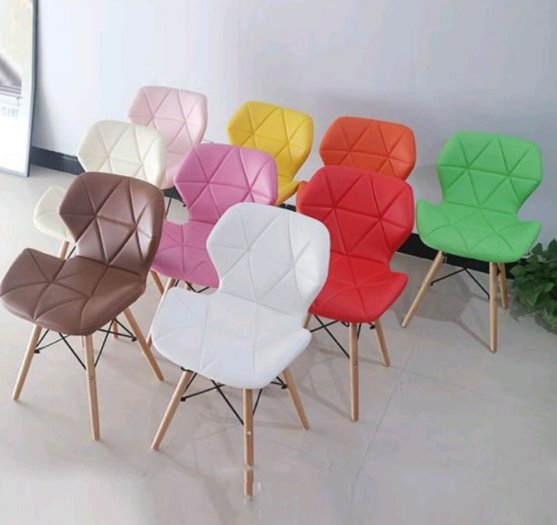 Ghế da tam giác chân gỗ, ghế nệm da màu đỏ1