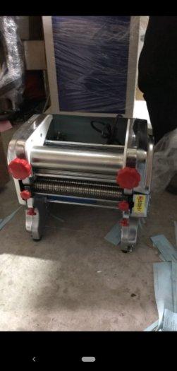 Máy cán bột, máy cán và cắt sợi mì2