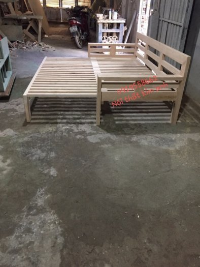 Sofa giường gỗ kéo sang trọng cho phòng khách tại Dĩ An, Bình Dương5