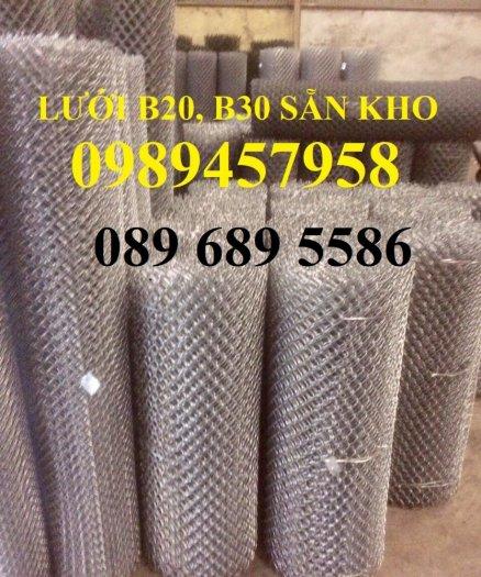 Sản xuất lưới thép B30 làm hàng rào 30x30, Lưới B30 bọc nhựa 1m82