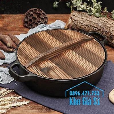 Bán nồi gang đen đúc nguyên khối nấu lẩu cho nhà hàng kiểu Nhật - Nồi gang đen nắp đậy bằng gỗ nấu cơm cháy truyền thống8