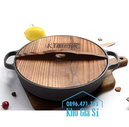 Bán nồi gang đen đúc nguyên khối nấu lẩu cho nhà hàng kiểu Nhật - Nồi gang đen nắp đậy bằng gỗ nấu cơm cháy truyền thống5