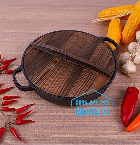 Chuyên cung cấp nồi gang đen đúc nguyên khối, nồi gang đen nấu lẩu cho nhà hàng, nồi gang đen cao cấp nhập khẩu nắp gỗ38