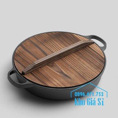 Chuyên cung cấp nồi gang đen đúc nguyên khối, nồi gang đen nấu lẩu cho nhà hàng, nồi gang đen cao cấp nhập khẩu nắp gỗ3