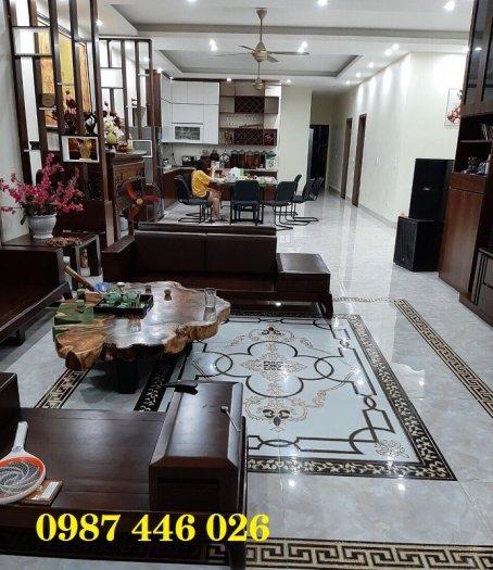 Thảm gạch sàn nhà khắc vàng phòng khách HP98008