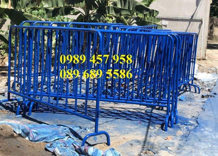 Hàng rào di động sơn phản quang, hàng rào inox304, Hàng rào sơn mầu xanh1