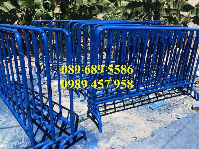 Hàng rào di động sơn phản quang, hàng rào inox304, Hàng rào sơn mầu xanh0