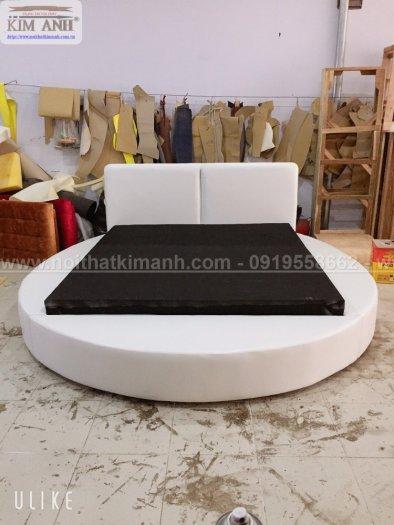 30 mẫu giường tròn sành điệu nhất năm 2021 cho phòng ngủ của bạn tại Dầu Tiếng - Bình Dương1