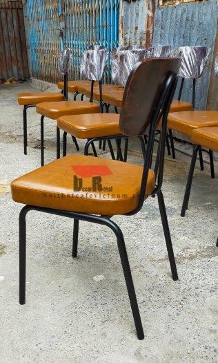 Ghế sắt cafe PCM cổ điển3