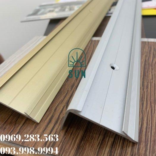 Nẹp chống trơn bậc cầu thang chữ L - Nẹp chống trơn bậc cầu thang hợp kim nhôm cao cấp.2
