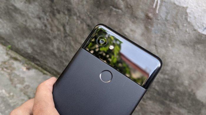 Điện thoại Google Pixel 2 XL1