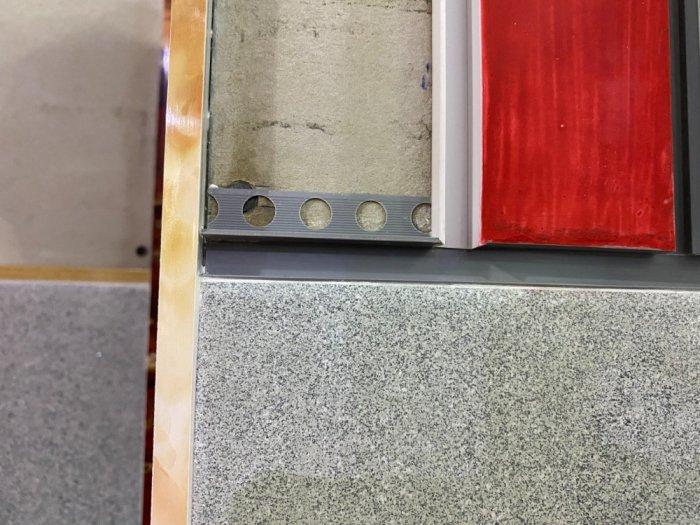 Nẹp nhựa phủ Nano cao cấp - Nẹp nhựa ốp gạch giả đá - Nẹp ốp viền gạch men - Nẹp ốp góc gạch men.16
