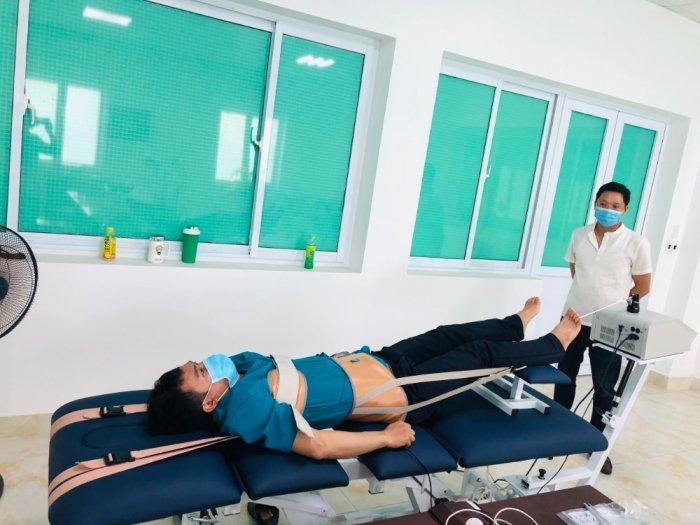 Máy kéo giãn trị liệu1