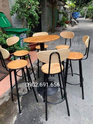 Bộ bàn ghế bar cafe 4 ghế 1 bàn1