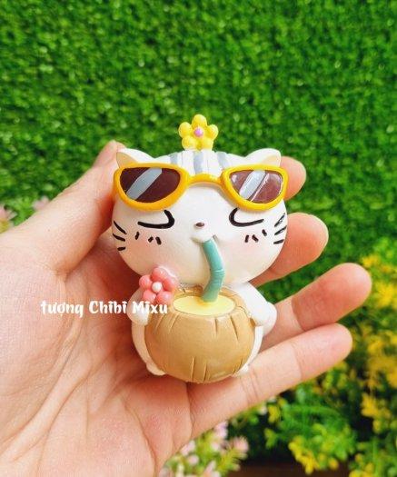 Tượng mô hình chú Mèo trắng tắm nắng cực đáng yêu4
