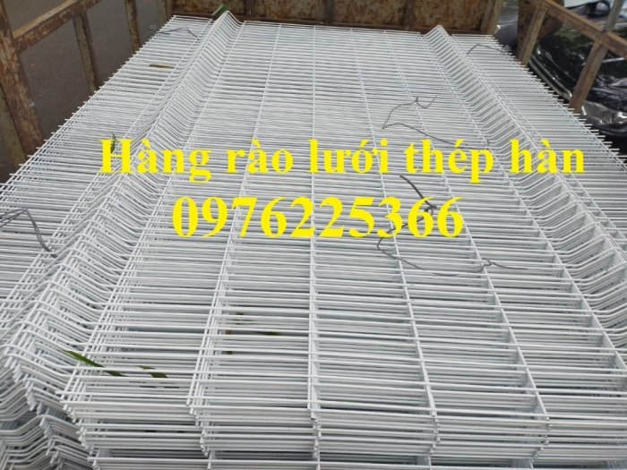 Chuyên sản xuất lưới hàng rào phi 4, phi 5, phi 6 theo yêu cầu8