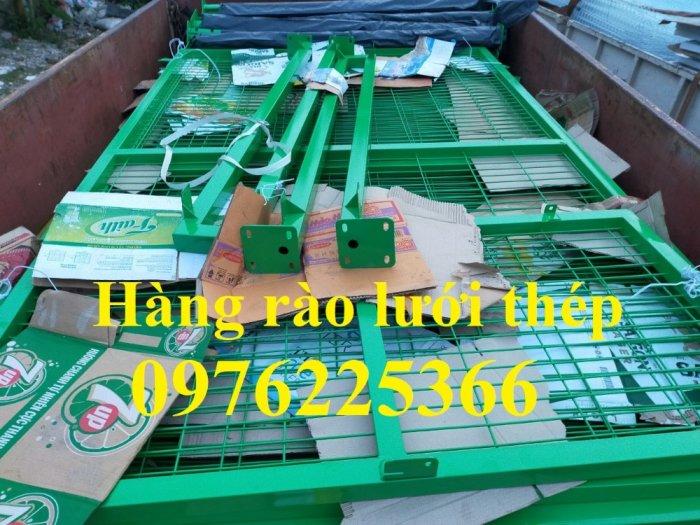 Chuyên sản xuất lưới hàng rào phi 4, phi 5, phi 6 theo yêu cầu6