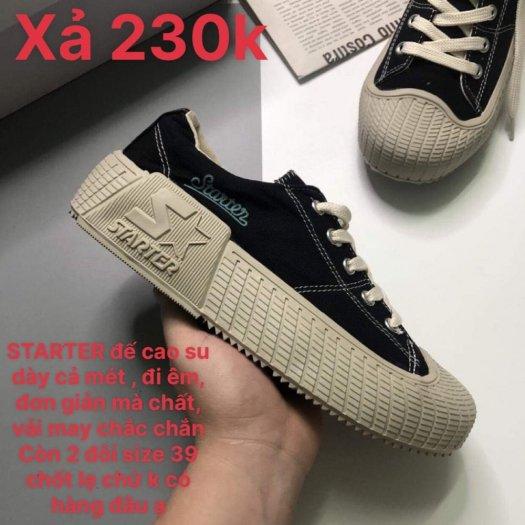 Giày dẹp tiệm nên xả lỗ , mới 100% còn 2-3 đôi size3