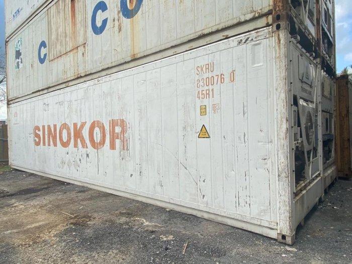 Thùng container lạnh chứa hàng1