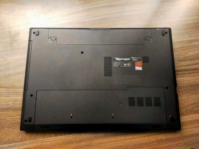 Dell 3542 i5 4210 4gb 128ssd màn 15.6 card rời6