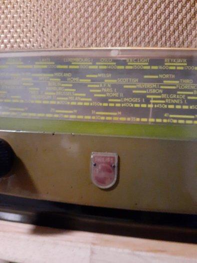 Đài  điện tử  Philips của Anh3