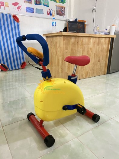Máy tập xe đạp trẻ em4