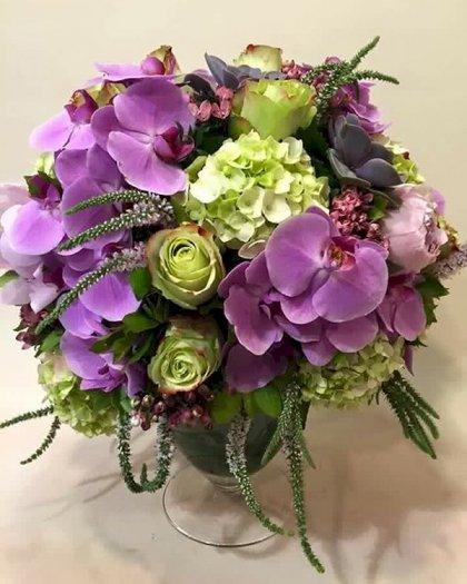 Bình hoa chúc mừng để bàn kỷ niệm ngày cưới - LDNK890