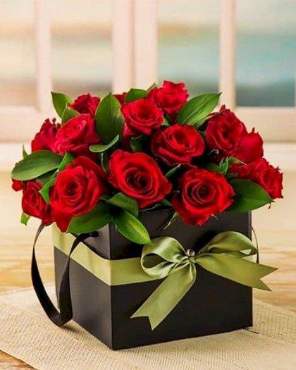 Hộp hoa hồng tươi màu đỏ - LDNK1470