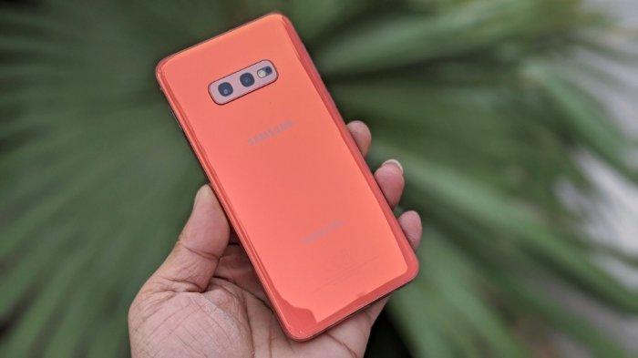 Samsung Galaxy S10E Mỹ3