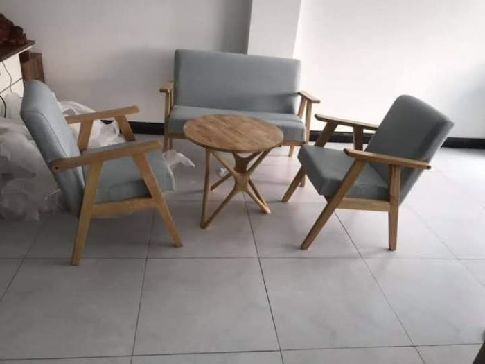 Thanh lý Bộ sofa cafe khung gỗ mặt nệm5