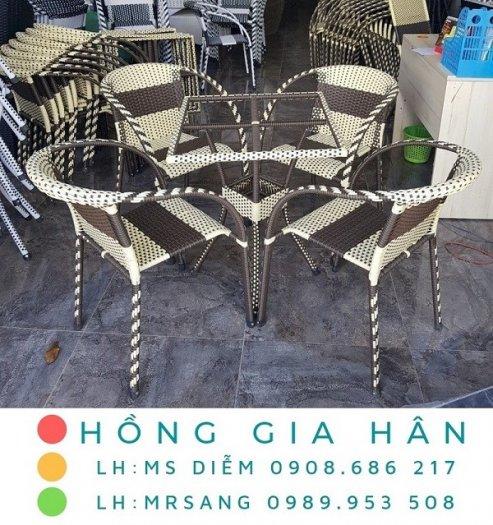 Bàn ghế cafe mây nhựa Hồng Gia Hân M0020