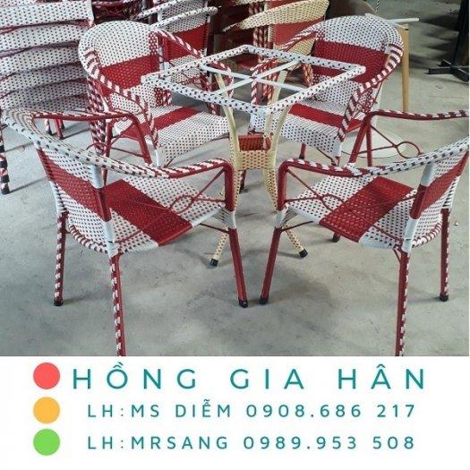 Bàn ghế mây nhựa Hồng Gia Hân M0080