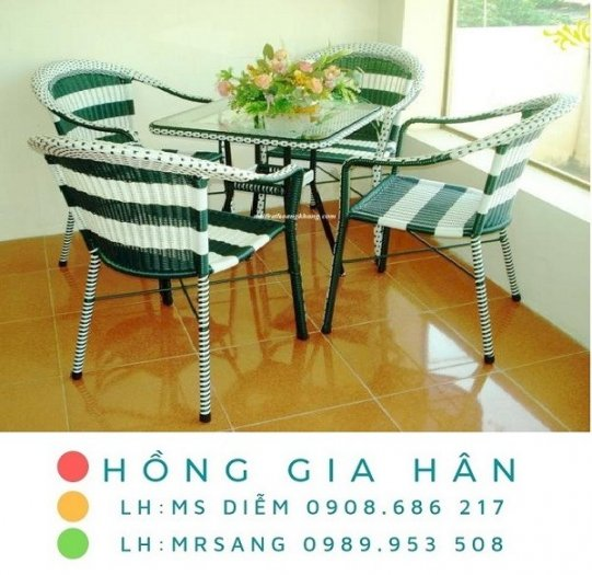 Bàn ghế mây nhựa Hồng Gia Hân M0090