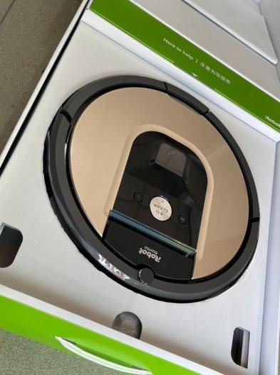 Robot Hút Bụi iRobot Roomba 961 siêu VIP , kết nối WIFI làm sạch nhanh mạnh8