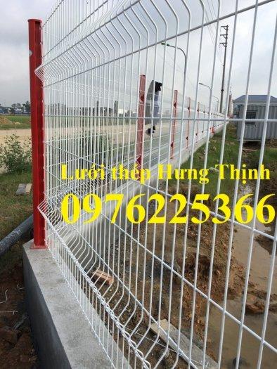 Hàng rào lưới thép chấn sóng0