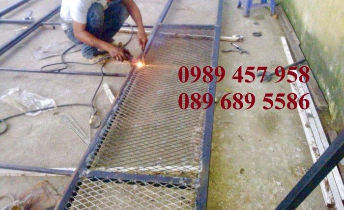 Lưới làm sàn cầu thang 4ly, Lưới mắt cáo trang trí, lưới tiêu chuẩn XG42, XG43, XG19, XG205