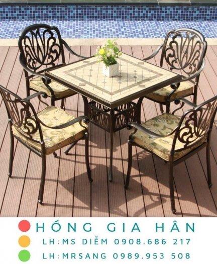 Bàn ghế kiểu sân vườn hiện đại Hồng Gia Hân N0390