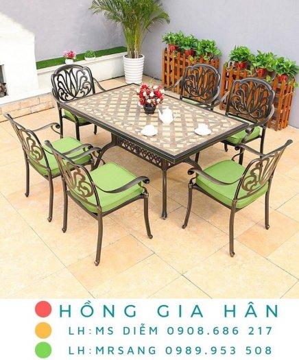 Bàn ghế kiểu sân vườn hiện đại Hồng Gia Hân N0420