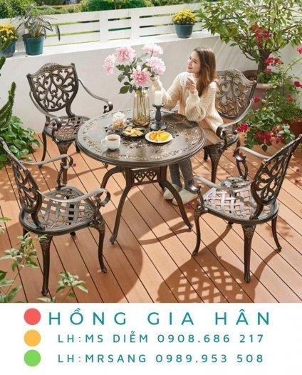 Bàn ghế kiểu sân vườn hiện đại Hồng Gia Hân N0440