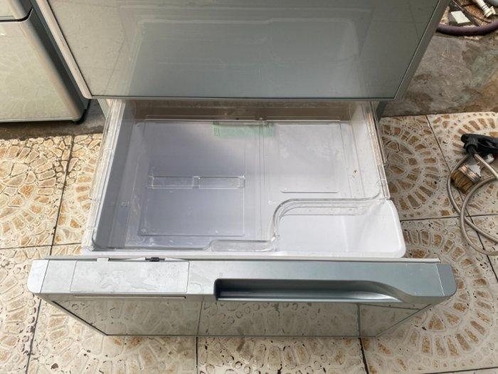 Tủ lạnh nội địa Hitachi 6 cánh Y5400 hút chân không mặt gương kính cường lực3