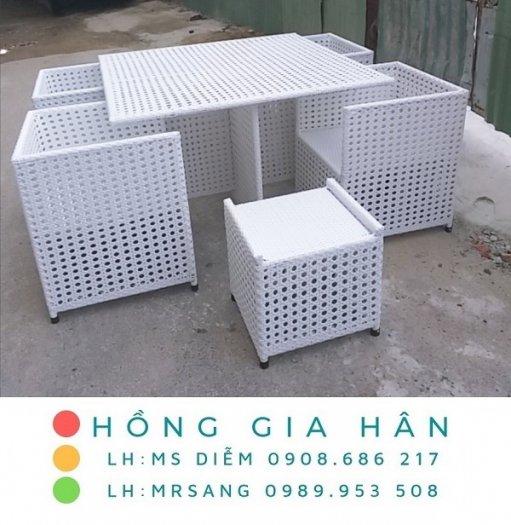Bàn ghế nhựa giả mây Hồng Gia Hân M0360