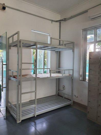 Giường hai tầng bằng sắt sơn tĩnh điện0