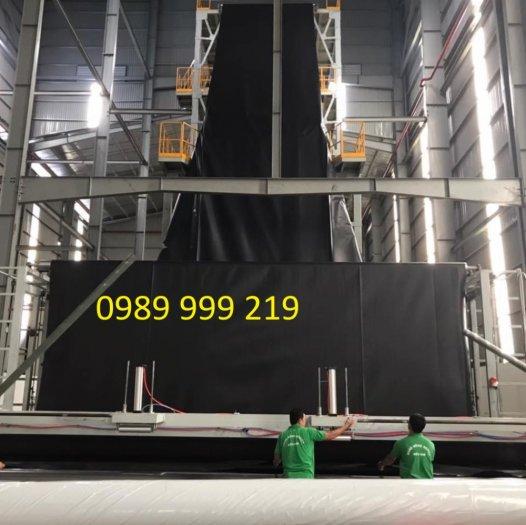 Sử dụng bạt hdpe 1.5mm khổ 4mx50m-200m2 lót dải đường1