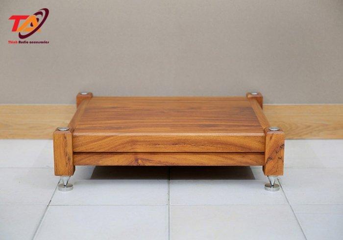 Kệ âm thanh gỗ TAKG010