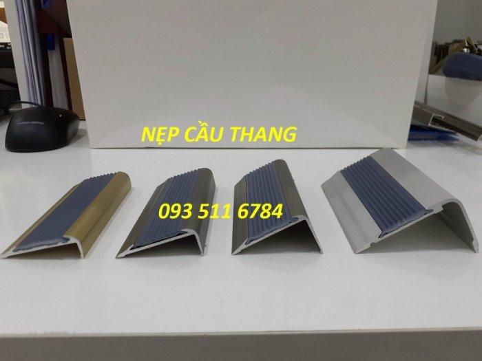 Nẹp chống trơn bậc cầu thang - Nẹp nhôm kim loại - Nẹp T inox màu2