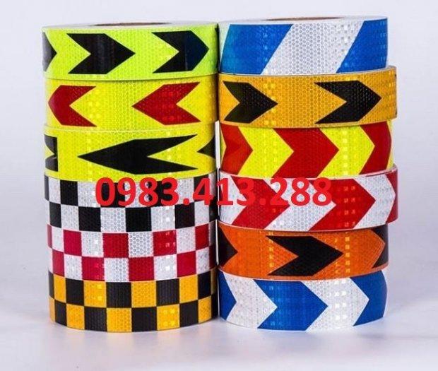 Cuộn băng dính phản quang nhiều màu1
