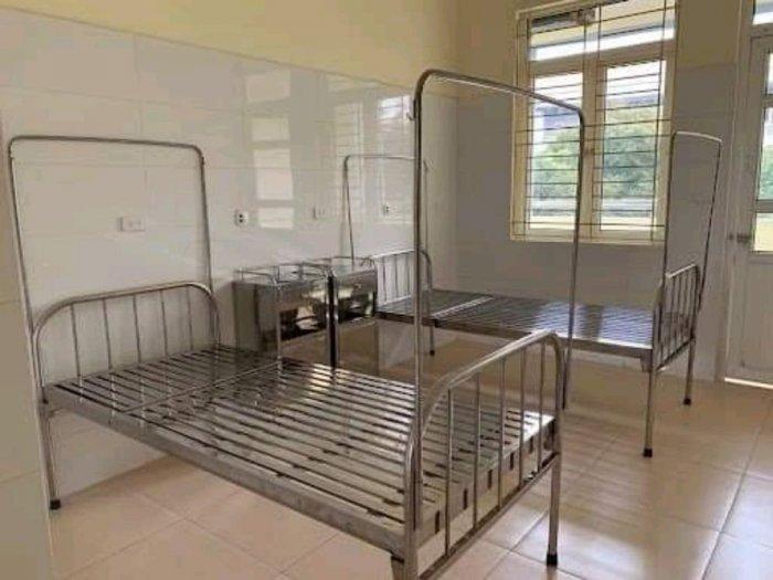 Nội thất anh khoa chuyên cung cấp giường inox ghế bố giá sỉ  để hỗ trợ mùa dịch LH 09168845 90 Mr1