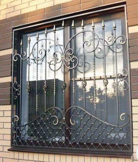 Top 10 mẫu song cửa sổ, khung bảo vệ cửa sổ sắt uốn đẹp với giá tốt nhất0